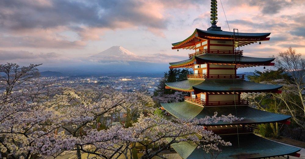 japan-photo-tour-slide-image-elia-pagoda-2000-55q